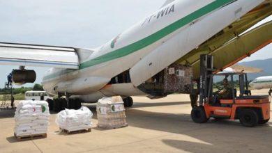 صورة الجزائر ترسل 57 طن من المساعدات إلى النيجر