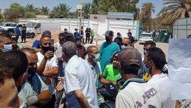 صورة بسكرة: توقيف 26 شاباً احتجوا أمام مستشفى الحكيم سعدان