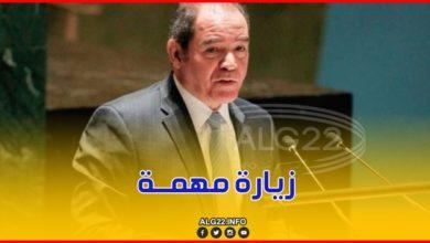 صورة وزير الخارجية صبري بوقادوم في إيطاليا بدعوة من نظيره