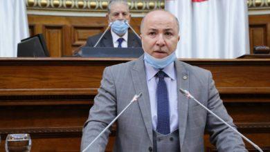 صورة وزير المالية يقدم توضيحات حول تعويض المتضررين من الحرائق