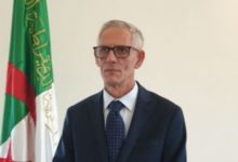 Photo of الجزائر تعرض على البريطانين الاستثمار في 5 قطاعات هامة