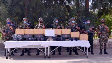 صورة الجيش يوقف 21 شخصا ويحجز 10قناطير من الكيف و16 كغ من الكوكايين