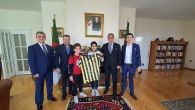 صورة سفير الجزائر بتركيا يستقبل رجال أعمال أتراك