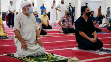 صورة الرئيس تبون يقرر فتح المساجد لأداء صلاة الجمعة