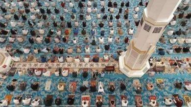 صورة إقامة أول صلاة جمعة بجامع الجزائر