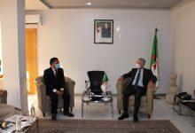 """صورة وزير الصناعة يستضيف ممثل """"باور تشاينا"""" الصينية لبحث فرص الاستثمار في الجزائر"""