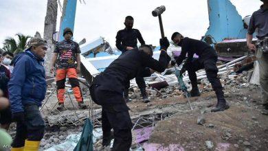 صورة إندونيسيا: مقتل 35 شخصا وإصابة المئات جراء هزة أرضية بجزيرة سولاويسي