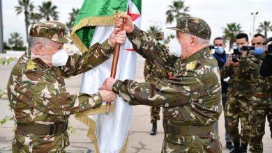 صورة شنقريحة يشرف على التنصيب الرسمي لقائد القوات البحرية بالنيابة