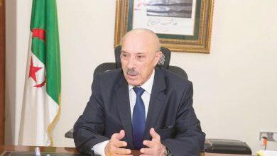 صورة سفير الجزائر بقطر يتباحث مع الجالية للاستثمار في قطاع المؤسسات المصغرة
