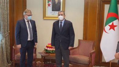 """صورة اتصالات بين الجزائر وروسيا لتصنيع لقاح """"سبوتنيك v"""" في الجزائر"""