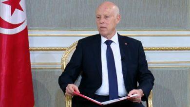 صورة رئيس تونس يتعرض لمحاولة اغتيال عن طريق طرد بريدي مسموم