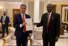 """صورة السودان تتفق مع """"الكيان الصهيوني"""" على تبادل فتح سفارات في أقرب وقت"""