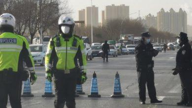صورة الصين تعود لسياسة عزل المدن بعد تفشي فيروس كورونا من جديد