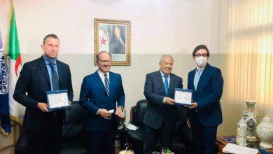 صورة المدير العام للأمن الوطني يستقبل السفير الإيطالي بالجزائر