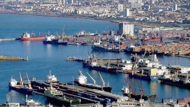 صورة ميناء الجزائر يسجل تراجعا في حركة الملاحة ونقل البضائع
