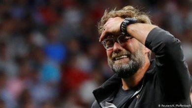 صورة كلوب يطلق جنونه على لاعبيه بعد الهزيمة الخامسة على التوالي