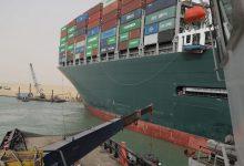 صورة قناة السويس: السفينة العالقة  مطالبة بدفع تعويضات