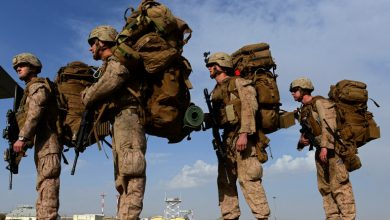 صورة مع بدء الإنسحاب الأميركي من أفغانستان.. هجوم على مطار قندهار