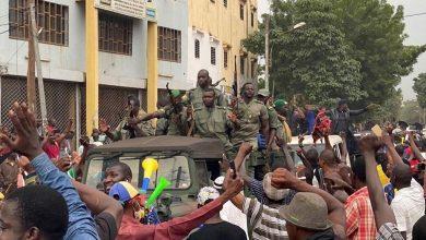 صورة مالــي: الجيش يعتقل رئيس البلاد ورئيس الوزارء