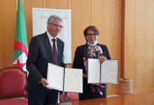 صورة توقيع إتفاقية شراكة وتعاون بين وزارتي الثقافة والسياحة