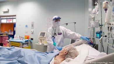 صورة الملقحون و المصابون بكورونا معرضون للاصابة بالسلالة المتحورة