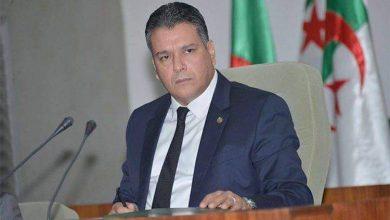 """صورة فتح تحقيق في قضية إنتحال """"معاذ بوشارب"""" صفة"""