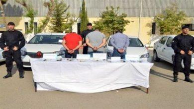 صورة الاطاحة شبكة مختصة في سرقة المركبات وتزوير وثائقهم