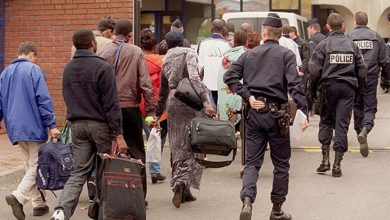 صورة فرنسا تعتزم ترحيل 8000 مهاجر جزائري