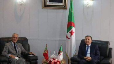 صورة وزير الموارد المائية والأمن المائي يدعو الشركات البرتغالية للاستثمار في الجزائر